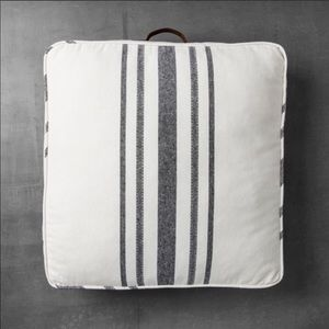 Hearth & Hand Accents - ISO 2 hearth and hand with magnolia floor pillows